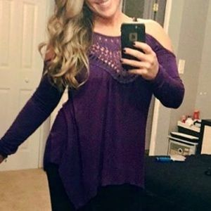 Purple lace open shoulder flowy top